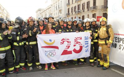 La Cursa Bombers de Barcelona conmemora los JJOO'92